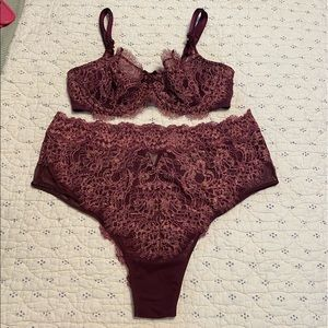 Victoria's Secret Dream Angels Lingerie Set